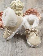 2abe22fd63c5 chaussures garçon ivoire - ecru. Chaussons bébé garçon nubuck fourrure lacet