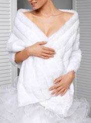 Etole soirée ou mariage, écharpe, foulard de cérémonie pour femme 06afc092bcb