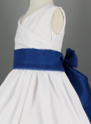 Robe bleu marine ceinture blanche