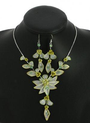 bijoux de soirée vert anis