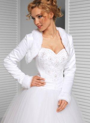 boléro mariage femme manches longues satin et fourrure blanche