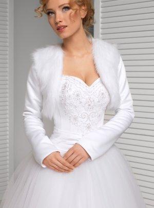 boléro mariage fourrure satin manches longues blanc