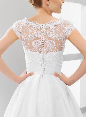 Boléro mariée dentelle dos boutonné manches courtes blanc