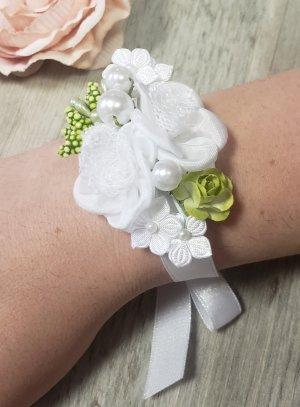 bracelet demoiselle d'honneur pour mariage blanc avec perles