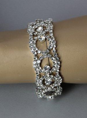 bracelet soirée femme avec strass couleur argent
