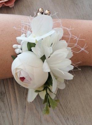 bracelet demoiselle d'honneur femme ou enfant avec fleur ivoire