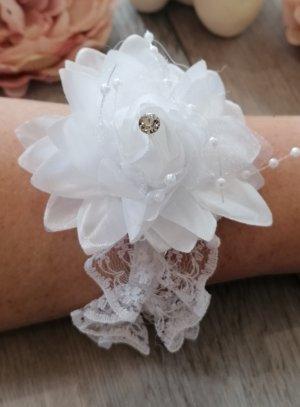 bracelet demoiselle d'honneur blanc avec fleur et strass