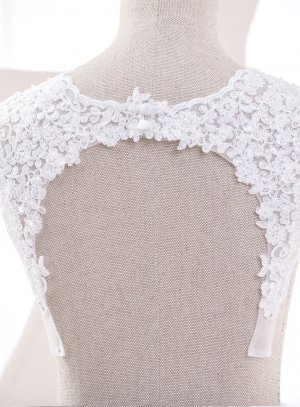 Bretelles pour robe de mariée blanche perlé avec dos fermé.