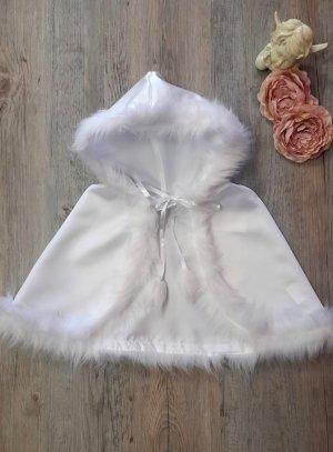 cape blanche de baptême satin et fourrure