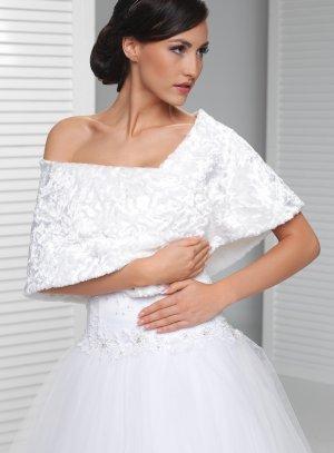 cape velour blanche pour femme cape mariage hiver