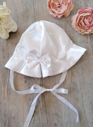 Chapeau bébé fille satin blanc pour baptême ou mariage