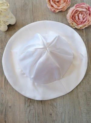 chapeau enfant cérémonie satin blanc