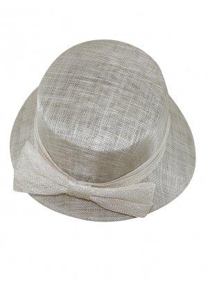 chapeaux de cérémonie femme beige