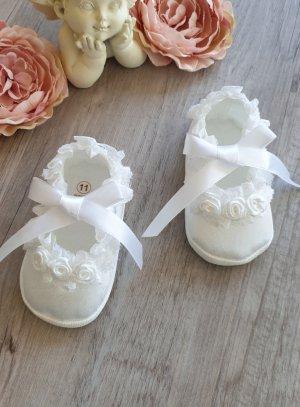 Chaussons baptême bébé fille ballerine blanche