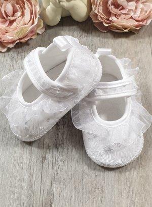 Chaussons blanc baptême bébé fille brodé