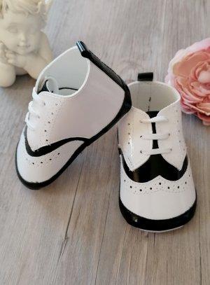 chaussons bébé mariage cérémonie blanc et noir