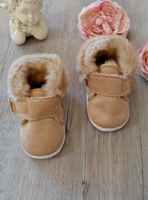 Chaussons bébé garçon hiver nubuck  fourrure poils long beige