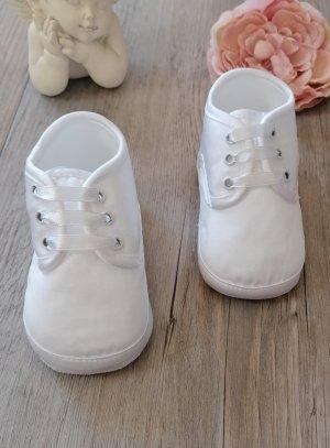 Chaussons de baptême bébé garçon blanc satin