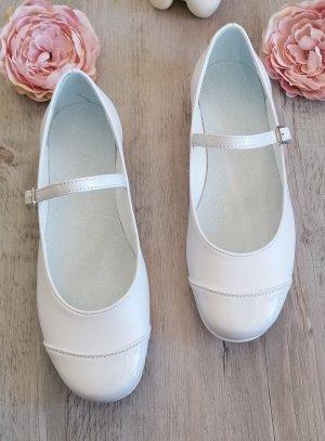 chaussures cérémonie communion blanche avec lanière
