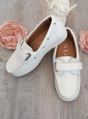 Chaussures bateau blanche enfant scratch