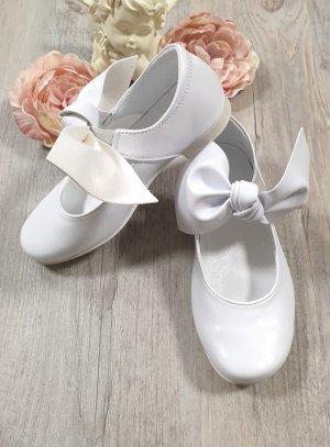 chaussures cérémonie fille blanche gros noeud