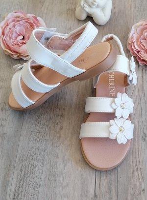 chaussures cérémonie fille nu-pied fleurs et perles