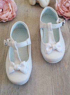 Chaussures babies petite fille pour mariage baptême blanche