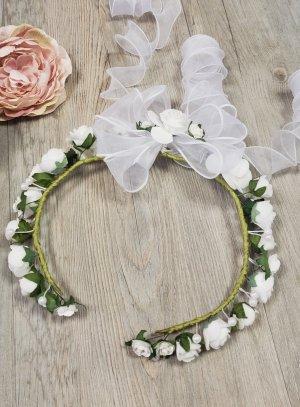 couronne de fleurs ouverte sur le devant fleur blanche pour communion