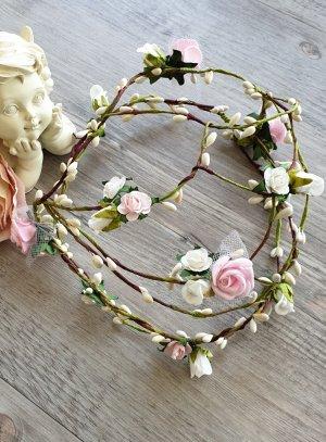 couronne de communion fleurs roses et blanches