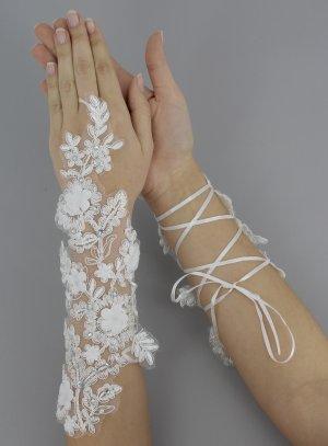 gant mitaine lacet dentelle pour mariée