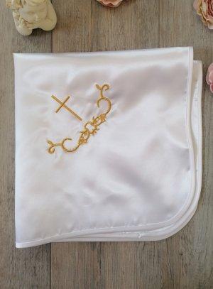 linge blanc de baptême en satin brodé croix catholique fil or