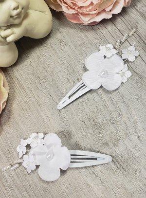 barrette pour coiffure de baptême ou coiffure de communion pour enfant avec fleurs en tissu blanc
