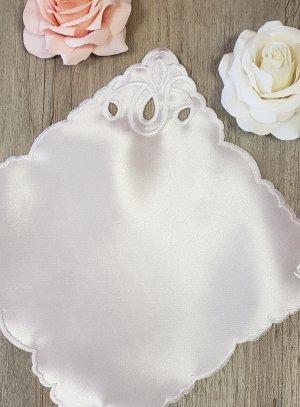 Mouchoir baptême blanc ange satin