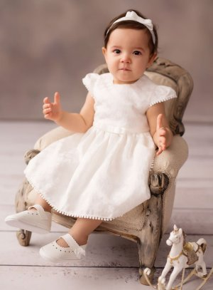 Robe de baptême ou de mariage pour bébé.