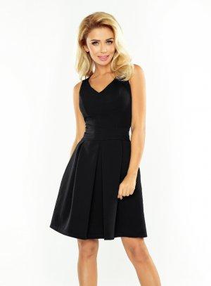 Petite robe noire pour femme soirée chic et élégante