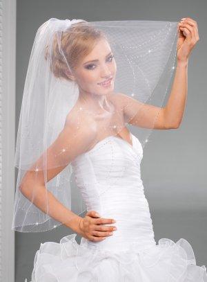 voile de mariée avec peigne blanc