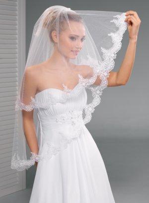 Voile de mariée en dentelle blanche